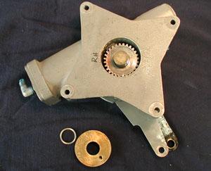 Globe Swift Landing Gear Actuator - Rear Seal Removal