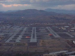 Final approach for Reno's runway 34L