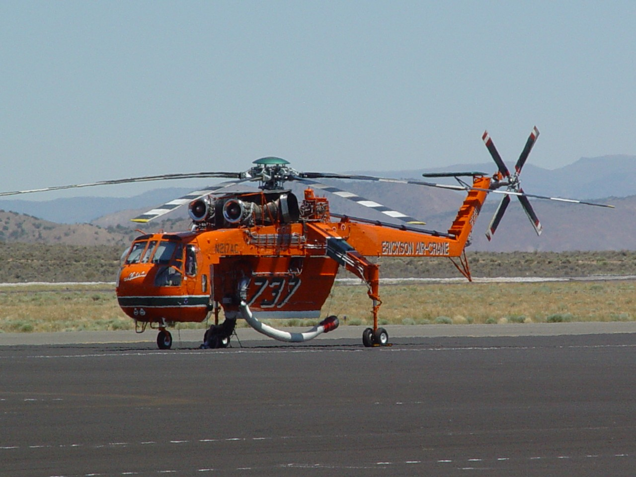 erickson air crane helicopter with Ren Fire Fighting Base on 212754 as well Sikorsky CH 54 together with 4845262576 besides Watch further Ren Fire Fighting Base.