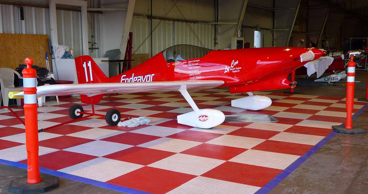 an overview of formula one air racing The tiny formula one race class dates back to the cleveland air races in 1947 and its airplanes must conform to a specific set of guidelines, such as a minimum dry empty weight of 500 pounds.