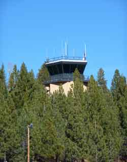 Inactive control tower at South Lake Tahoe Airport (KTVL).