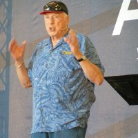 Barry Schiff on the AOPA Main Stage