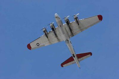 "EAA B-17 G ""Aluminum Overcast"""